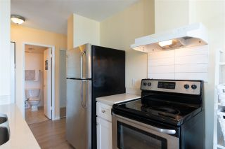 """Photo 11: 2001 1330 HARWOOD Street in Vancouver: West End VW Condo for sale in """"Westsea Towers"""" (Vancouver West)  : MLS®# R2481214"""