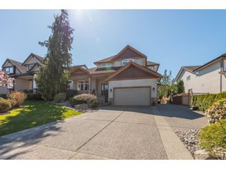 """Photo 2: 21048 86A Avenue in Langley: Walnut Grove House for sale in """"Manor Park"""" : MLS®# R2565885"""