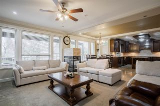 Photo 7: 11707 98 Avenue in Surrey: Royal Heights House for sale (North Surrey)  : MLS®# R2555095