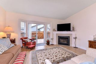 Photo 7: 25 2070 Amelia Ave in : Si Sidney North-East Row/Townhouse for sale (Sidney)  : MLS®# 777004
