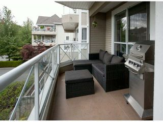 """Photo 16: 201 5556 201A Street in Langley: Langley City Condo for sale in """"Michaud Gardens"""" : MLS®# F1421361"""