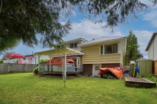 Photo 2: 27153 34 Avenue: House for sale in Langley: MLS®# R2577651