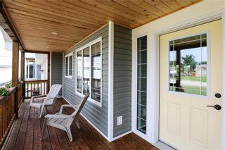 Photo 3: 22 Deer Bay in Grunthal: R16 Residential for sale : MLS®# 202117046