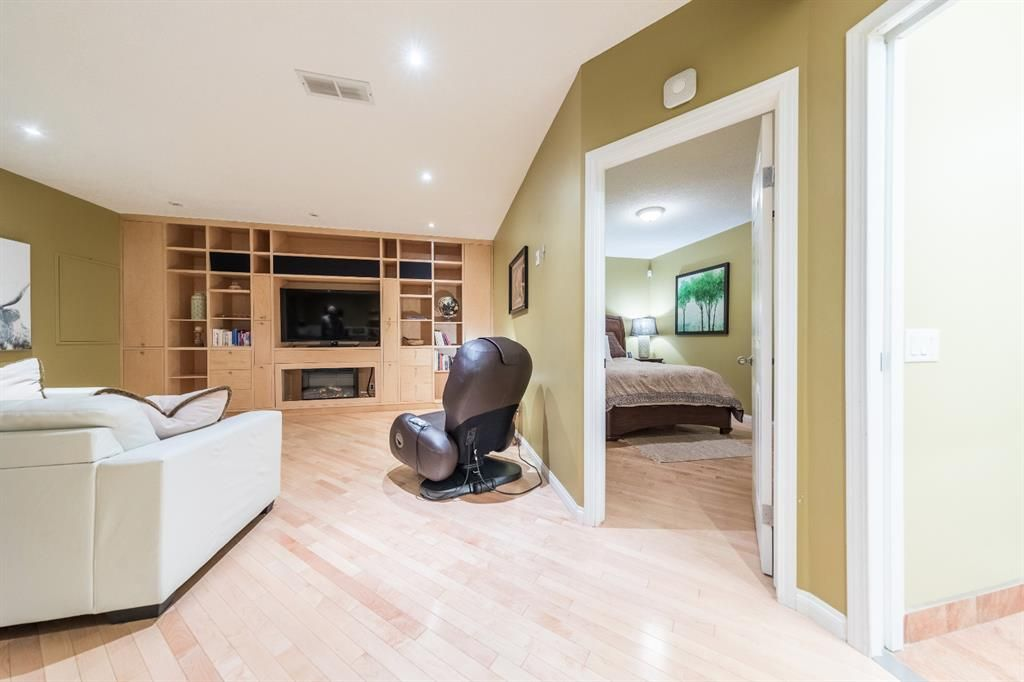 Photo 37: Photos: 42 Tuscany Hills Park NW in Calgary: Tuscany Detached for sale : MLS®# A1092297