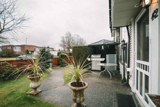 """Photo 8: 42 1370 RIVERWOOD Gate in Port Coquitlam: Riverwood Townhouse for sale in """"Addington Gate"""" : MLS®# R2535140"""