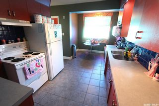 Photo 8: 620 3rd Avenue North in Saskatoon: City Park Residential for sale : MLS®# SK860930