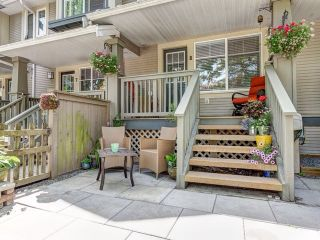 """Photo 3: 8 6651 203 Street in Langley: Willoughby Heights Townhouse for sale in """"Sunscape"""" : MLS®# F1446501"""