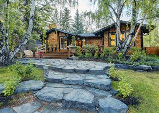 Photo 1: 24 Kelvin Place SW in Calgary: Kingsland Detached for sale : MLS®# A1115171