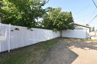 Photo 45: 16608 93 Avenue in Edmonton: Zone 22 House for sale : MLS®# E4259363