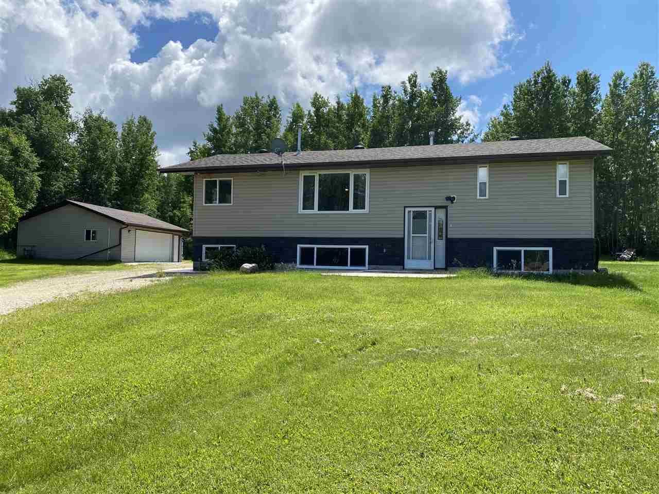 Main Photo: 39 54126 RR30: Rural Lac Ste. Anne County House for sale : MLS®# E4204394