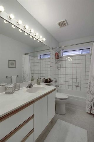 Photo 35: 231 COACHWAY Road SW in Calgary: Coach Hill Detached for sale : MLS®# C4305633