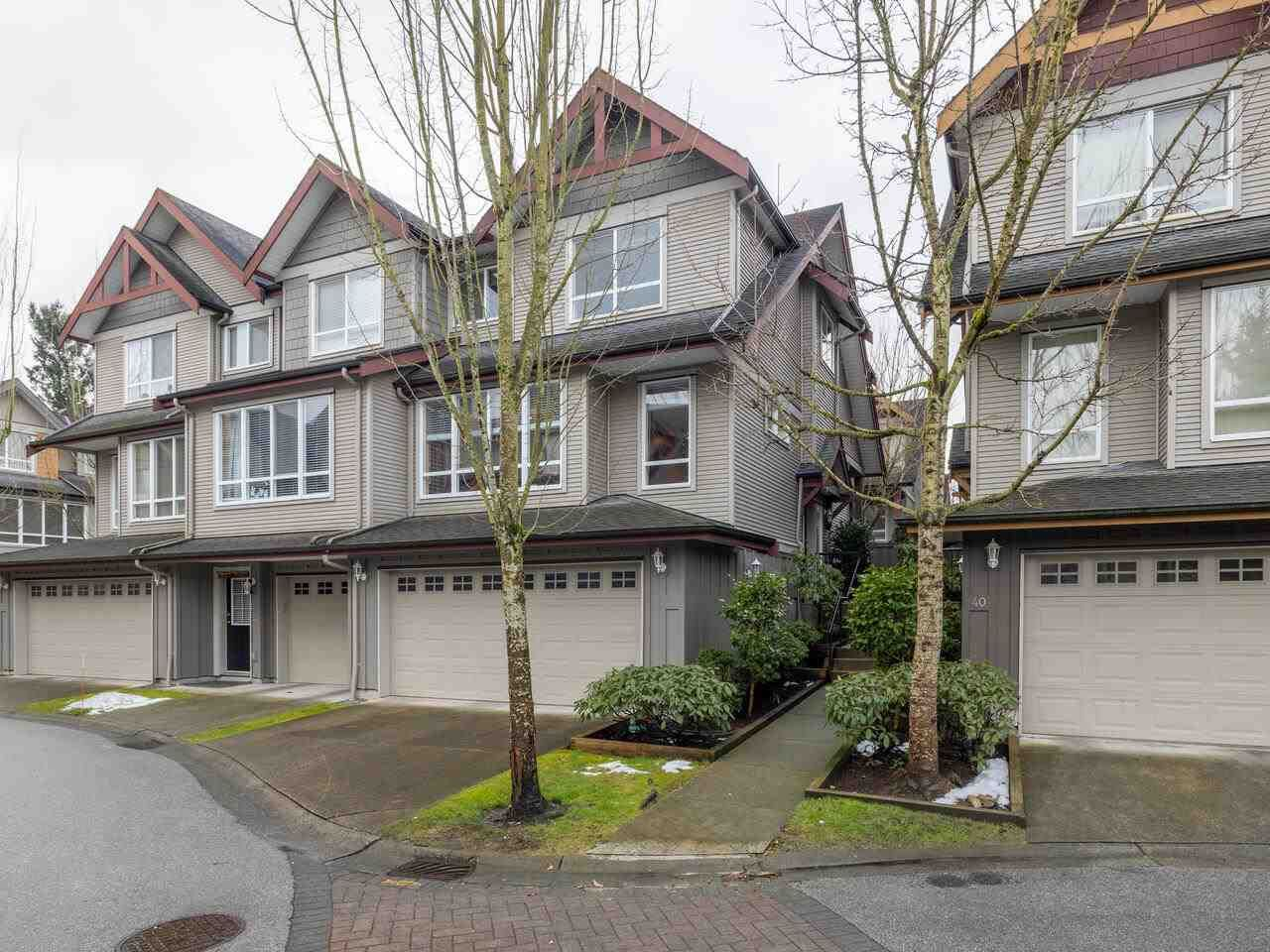 """Main Photo: 41 16789 60 Avenue in Surrey: Cloverdale BC Townhouse for sale in """"Laredo"""" (Cloverdale)  : MLS®# R2540205"""