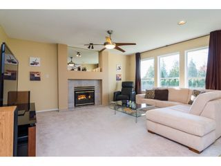 Photo 4: 15746 108 Avenue in Surrey: Fraser Heights House for sale (North Surrey)  : MLS®# R2252129