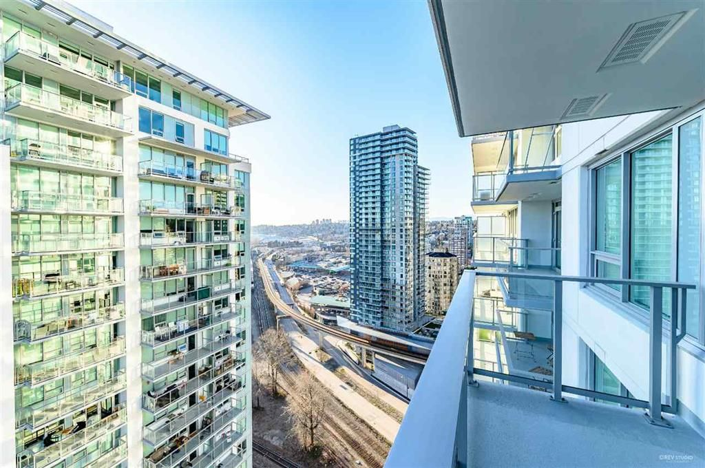 Photo 14: Photos: 2406 - 908 Quayside Drive in New Westminster: Quay Condo for sale
