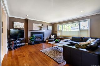 Photo 3: 11721 BLAKELY Road in Pitt Meadows: South Meadows House for sale : MLS®# R2624937