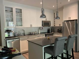 """Photo 3: 112 16398 64 Avenue in Surrey: Cloverdale BC Condo for sale in """"THE RIDGE AT BOSE FARMS"""" (Cloverdale)  : MLS®# R2590221"""