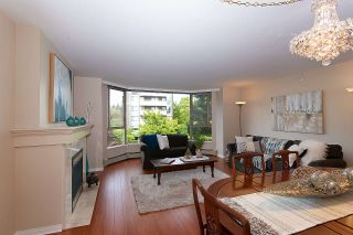 Photo 3: 302 2108 W 38TH Avenue in Vancouver: Kerrisdale Condo for sale (Vancouver West)  : MLS®# R2368154