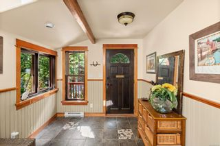 Photo 3: 605 Birch Rd in : NS Deep Cove House for sale (North Saanich)  : MLS®# 885120