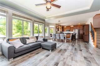 Photo 12: 5566 THOM CREEK Drive in Chilliwack: Promontory House for sale (Sardis)  : MLS®# R2590349