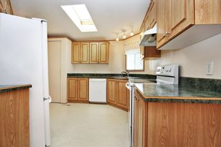 Photo 6: 40 41168 LOUGHEED Highway: Manufactured Home for sale in Mission: MLS®# R2604982