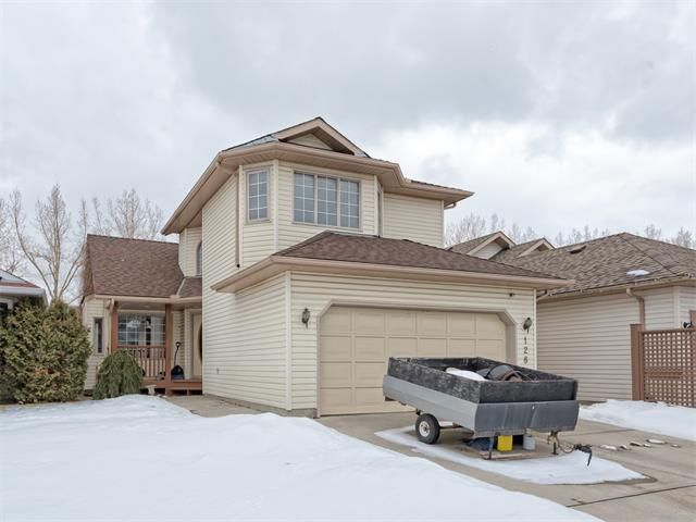 Main Photo: 128 Valley Meadow Close NW in Calgary: Valley Ridge House for sale : MLS®# C4101341