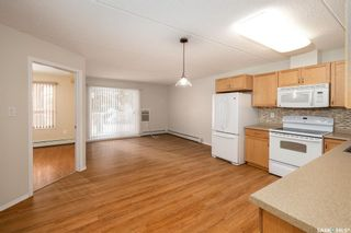 Photo 2: 202 2006 7th Street in Rosthern: Residential for sale : MLS®# SK870108