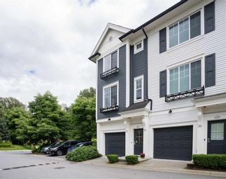 """Photo 2: 131 3010 RIVERBEND Drive in Coquitlam: Coquitlam East Townhouse for sale in """"Westwood by Mosaic"""" : MLS®# R2470459"""
