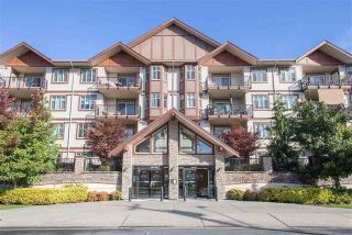 "Photo 1: 411 45615 BRETT Avenue in Chilliwack: Chilliwack W Young-Well Condo for sale in ""THE REGENT"" : MLS®# R2234076"