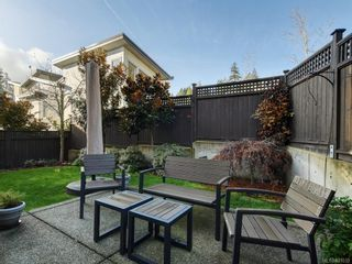 Photo 33: 453 Regency Pl in Colwood: Co Royal Bay House for sale : MLS®# 831032