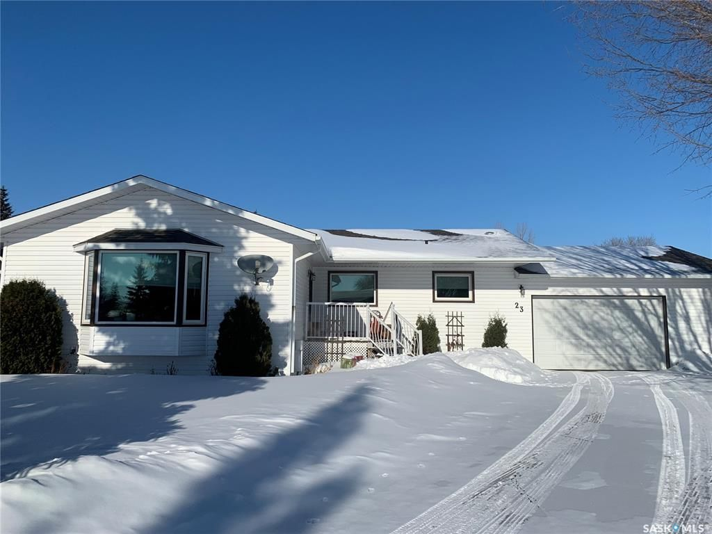 Main Photo: 23 Willow Place in Lanigan: Residential for sale : MLS®# SK841944