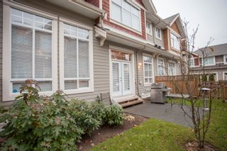 Photo 3: 31 2453 163 Street in Azure West: Grandview Surrey Home for sale ()  : MLS®# F1427492