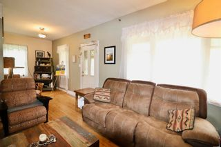 Photo 8: 20887 W 16 Highway in Smithers: Smithers - Rural House for sale (Smithers And Area (Zone 54))  : MLS®# R2596029