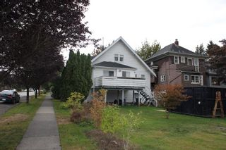 """Photo 2: 103 W 17TH Avenue in Vancouver: Cambie House for sale in """"Cambie Village"""" (Vancouver West)  : MLS®# R2105574"""
