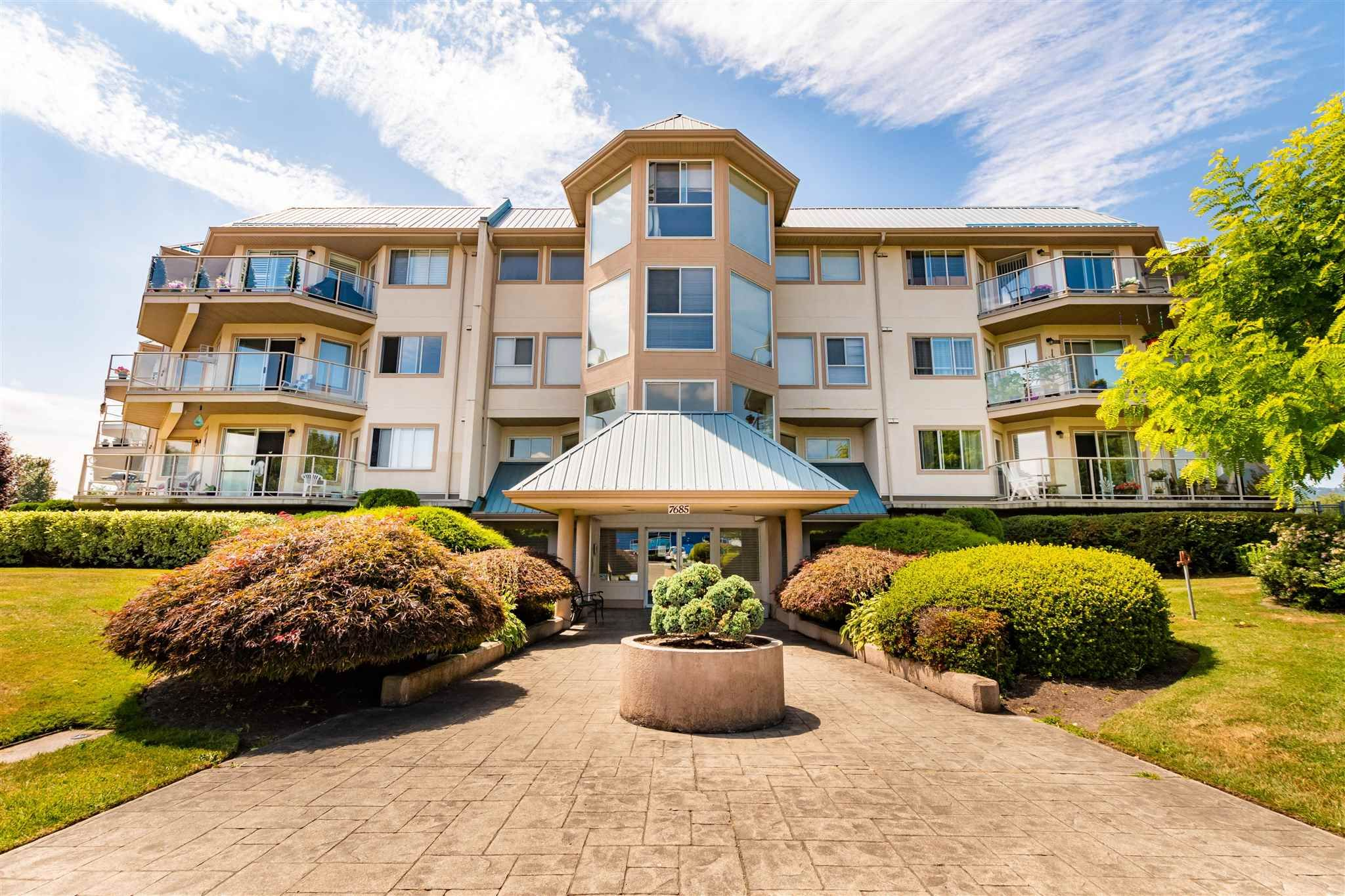 """Main Photo: 106 7685 AMBER Drive in Sardis: Sardis West Vedder Rd Condo for sale in """"The Sapphire"""" : MLS®# R2601700"""