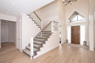 """Photo 2: 4605 222A Street in Langley: Murrayville House for sale in """"Murrayville"""" : MLS®# R2387087"""