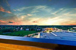 Photo 2: 5204 DALTON DR NW in Calgary: Dalhousie Condo for sale