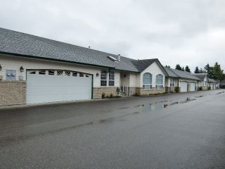 "Main Photo: 11 45160 SOUTH SUMAS Road in Sardis: Sardis West Vedder Rd Townhouse for sale in ""COTTAGE LANE"" : MLS®# R2172730"