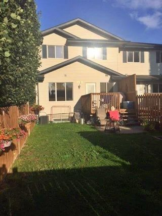 Photo 2: A 4919 50 Street: Gibbons Townhouse for sale : MLS®# E4242495