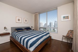"""Photo 8: 1703 1055 HOMER Street in Vancouver: Yaletown Condo for sale in """"DOMUS"""" (Vancouver West)  : MLS®# R2186785"""