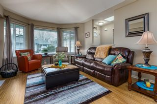 Photo 8: 3 2010 20th St in : CV Courtenay City Row/Townhouse for sale (Comox Valley)  : MLS®# 872186