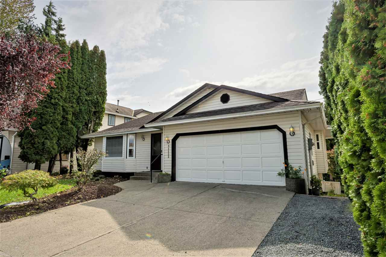 Main Photo: 31152 CREEKSIDE Drive in Abbotsford: Abbotsford West House for sale : MLS®# R2410961