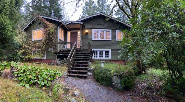 Photo 1: Photos: 3802 St Marys Ave in North Vancouver: Upper Lonsdale House for rent