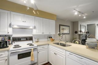 "Photo 10: 101 937 W 14TH Avenue in Vancouver: Fairview VW Condo for sale in ""Villa 937"" (Vancouver West)  : MLS®# R2169797"