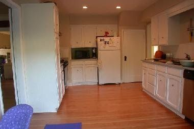 Photo 8: Photos: 4388 CYPRESS STREET in 1: Home for sale
