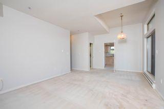 "Photo 6: 301 1118 55 Street in Delta: Tsawwassen Central Condo for sale in ""CAMBRIDGE PLACE"" (Tsawwassen)  : MLS®# R2596618"