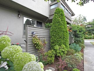 Photo 2: 1803 GREER Avenue in Vancouver: Kitsilano Townhouse for sale (Vancouver West)  : MLS®# V904936