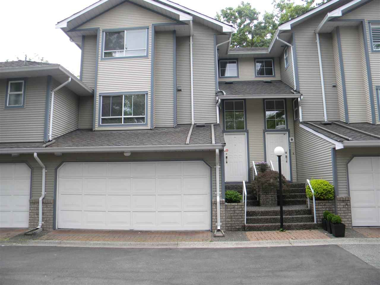 "Main Photo: 123 15353 105 Avenue in Surrey: Guildford Townhouse for sale in ""REGENTS GATE"" (North Surrey)  : MLS®# V2359391"