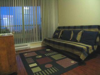 """Photo 7: 404 6659 Southoaks Crescent, South Burnaby in Burnaby: Highgate Condo for sale in """"Gemini II"""" (Burnaby North)"""