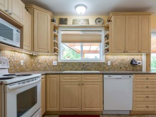 Photo 14: 317 Torrence Rd in COMOX: CV Comox (Town of) House for sale (Comox Valley)  : MLS®# 817835