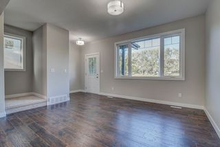 Photo 4: 10357 149 Street in Edmonton: Zone 21 House Half Duplex for sale : MLS®# E4246596
